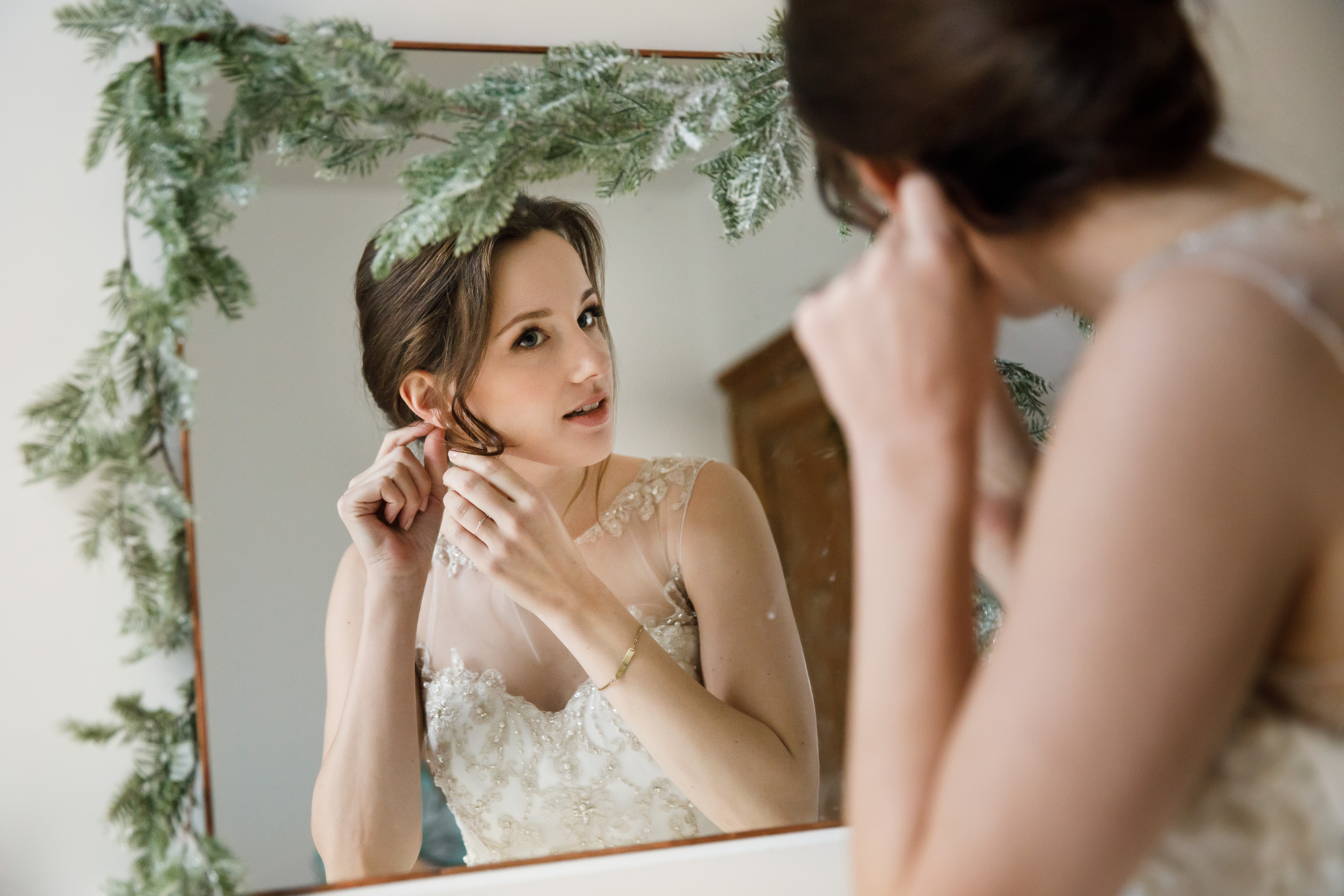 Engaged, trouwbeurs, Chantelle Alyssa, visagie, makeup, make-up, bruidsmakeup, bruidskapsel, haarstyling, opsteken, bruid, trouwen, verloofd, haar en make-up, Apeldoorn, Ede, Rhenen, Utrecht, Veenendaal, Wageningen